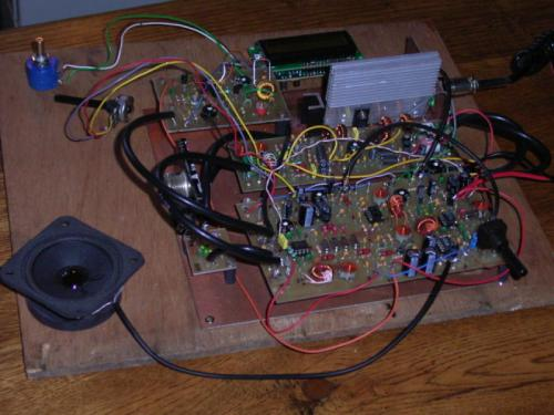 Voici le profil du transceiver BINGO 80 de F4FLU