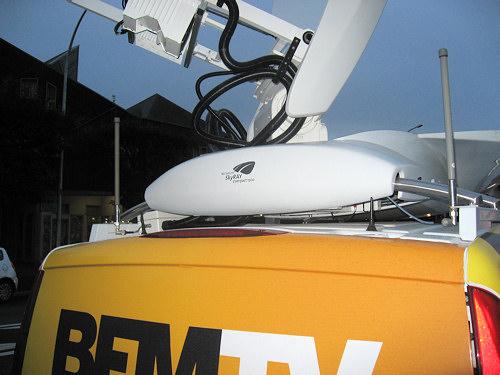 bfmtv-camion-radio-television-antennes.jpg