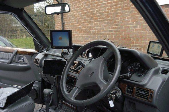 voiture-ecoute-radio